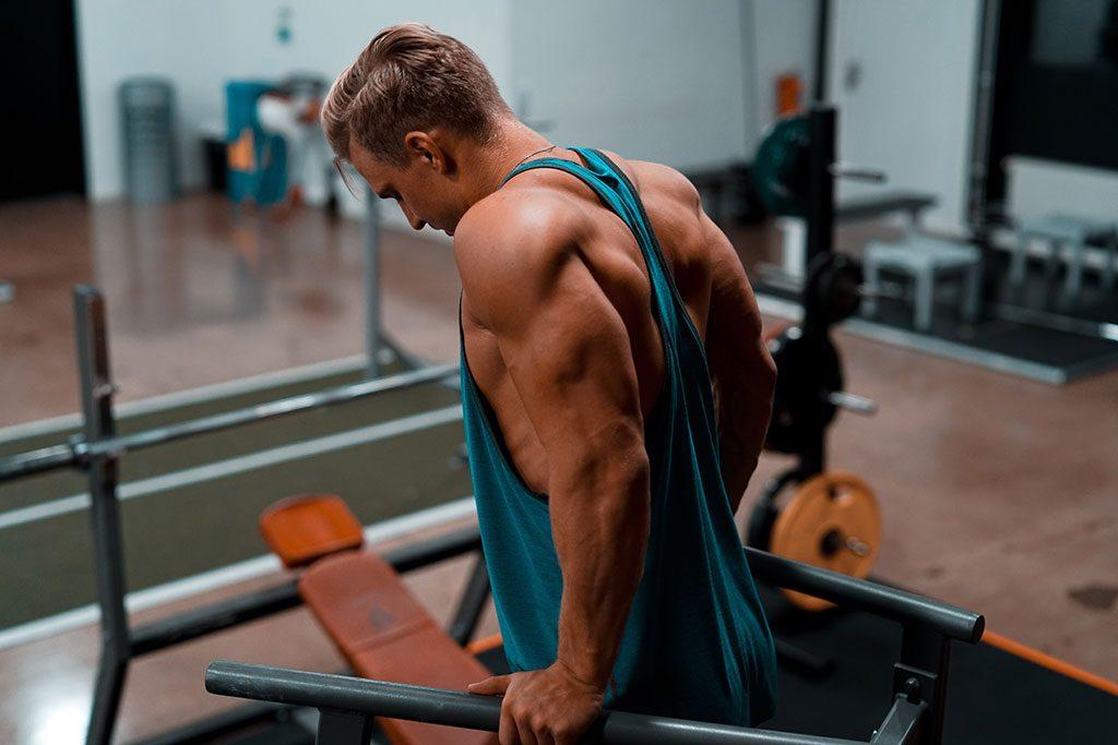 fitness 1024x683 - از بدنسازی بياموزيم